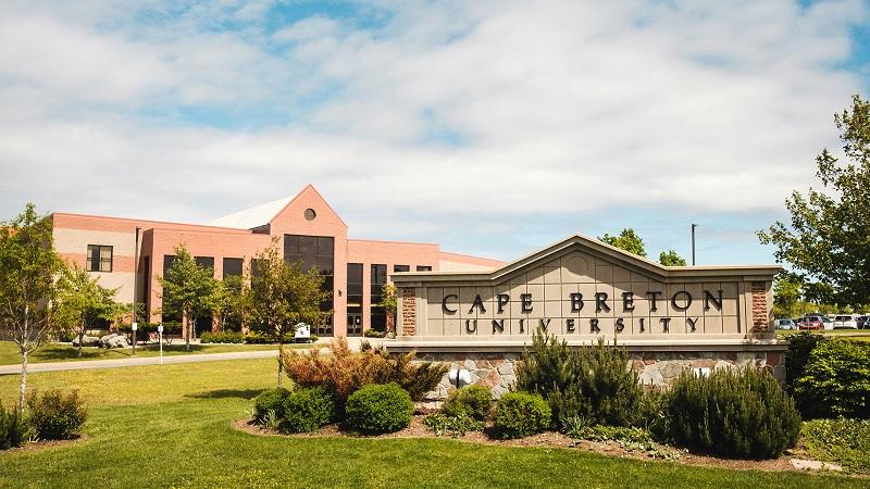 دانشگاه کیپ برتون کانادا