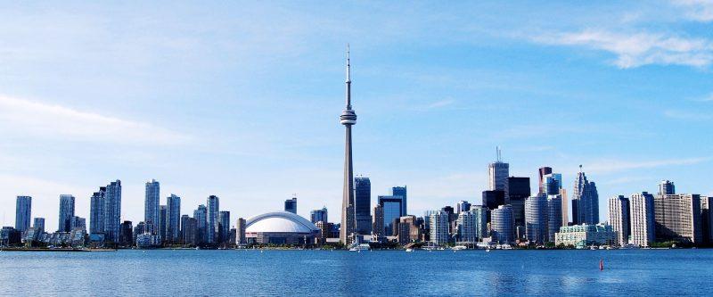 آیندهای روشن با داشتن پاسپورت کانادا