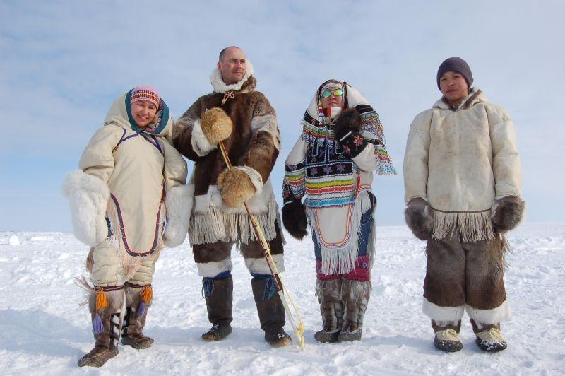 پوشش مردم نوناووت