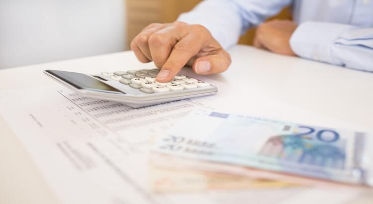 افتتاح حساب بانکی در کانادا