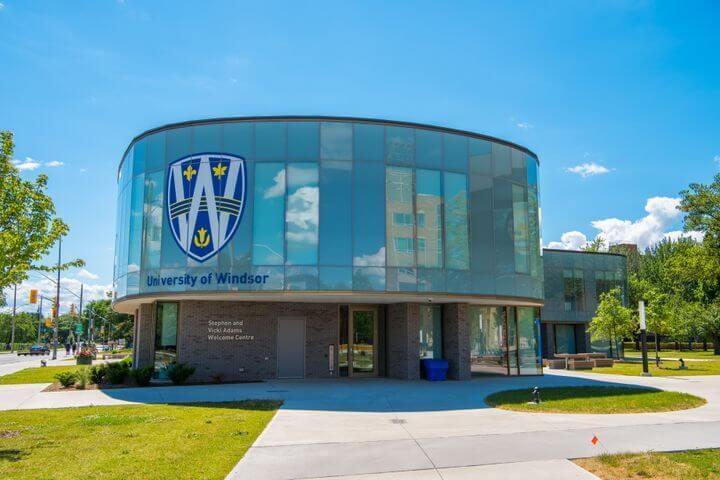 دانشگاه ویندزور کانادا