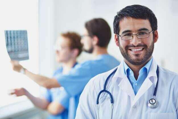 در مورد رشتهی پزشکی
