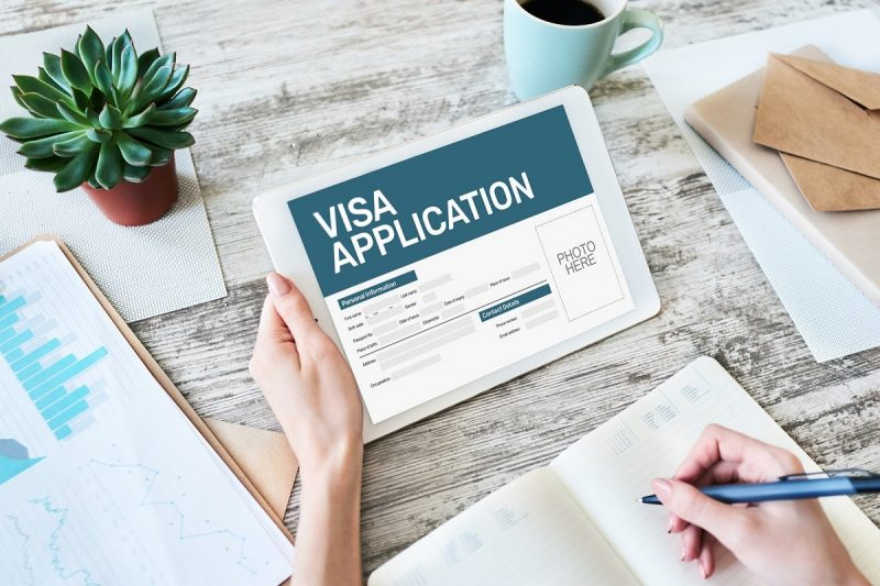 چگونه برای ثبت نام آنلاین ویزای کانادا اقدام کنیم
