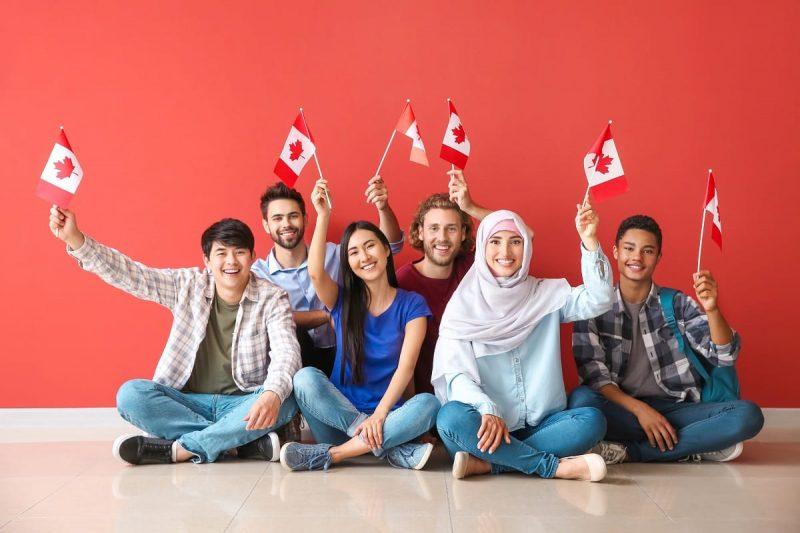 مزایای داشتن اقامت دائم کانادا