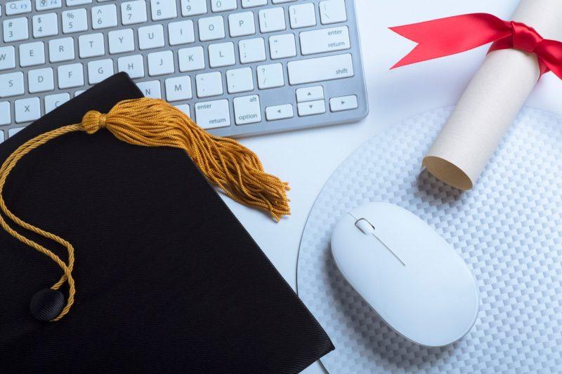 مزایای تحصیل با مدرک کاردانی کانادا