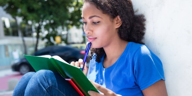 فرایند پذیرش دانشگاه ها برای تحصیل در خارج از کشور