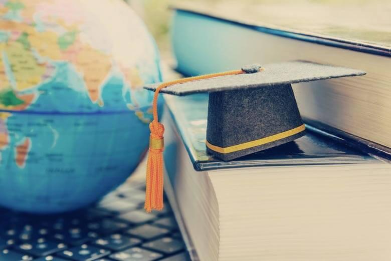 بورسیه تحصیلی رشته مدیریت جهانگردی در کانادا