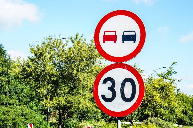 قوانین رانندگی با انواع گواهینامه در کانادا