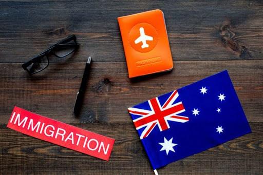 مراحل اخذ اقامت دائمی استرالیا و کانادا