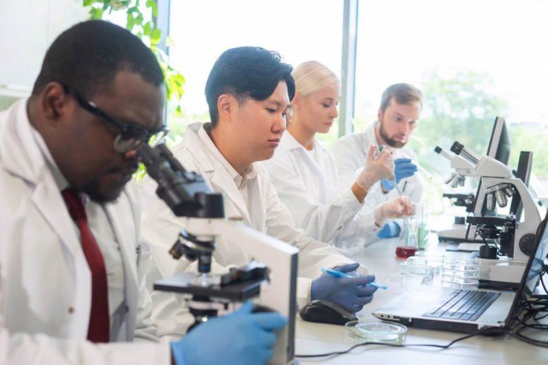 پست داک کانادا برای رشته های آزمایشگاهی و علوم پایه