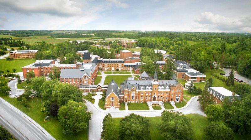 کالج های خصوصی کبک