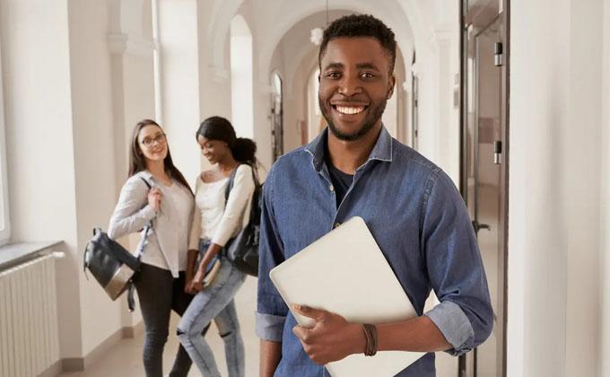 فرصتی دوباره برای دانشجویان بینالمللی که قادر به برآوردن شرط تجربه کار در کانادا نیستند