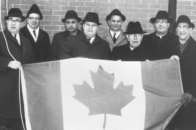 نکات مهم در طراحی پرچم کانادا