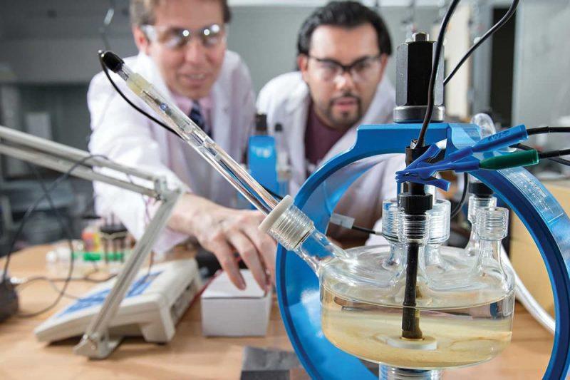 اهمیت رشته مهندسی پلیمر در کانادا