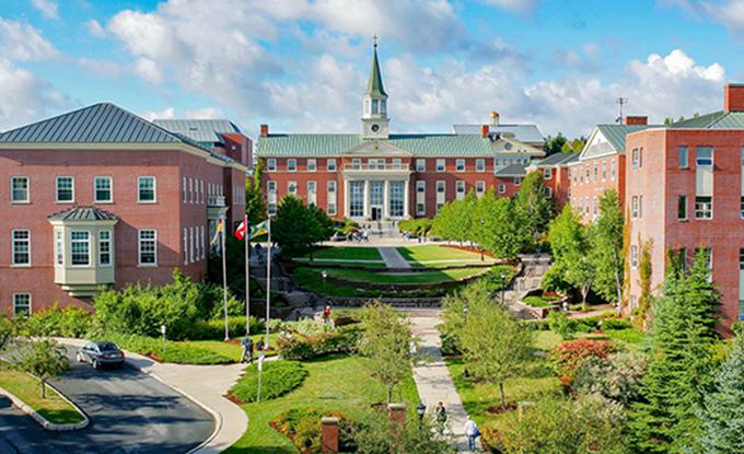 دانشگاه سنت توماس کانادا