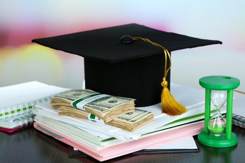 بورسیه و کمک هزینه های تحصیل در بیزینس اسکول اسمیت