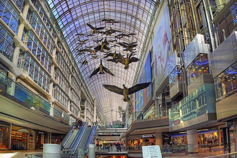 مرکز خرید ایتون سنتر تورنتو کانادا