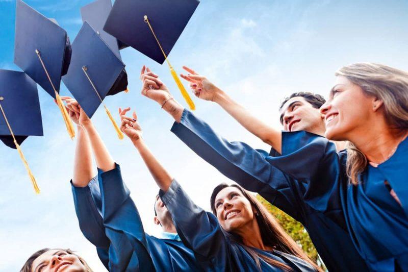 انواع بورسیه های برای کمک هزینه دانشجویی در کانادا