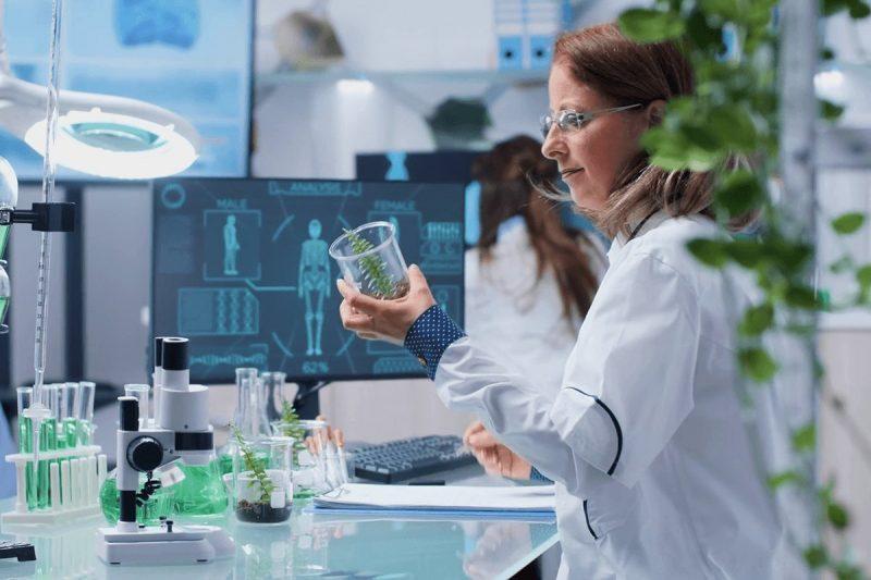 در مورد رشته زیست شناسی