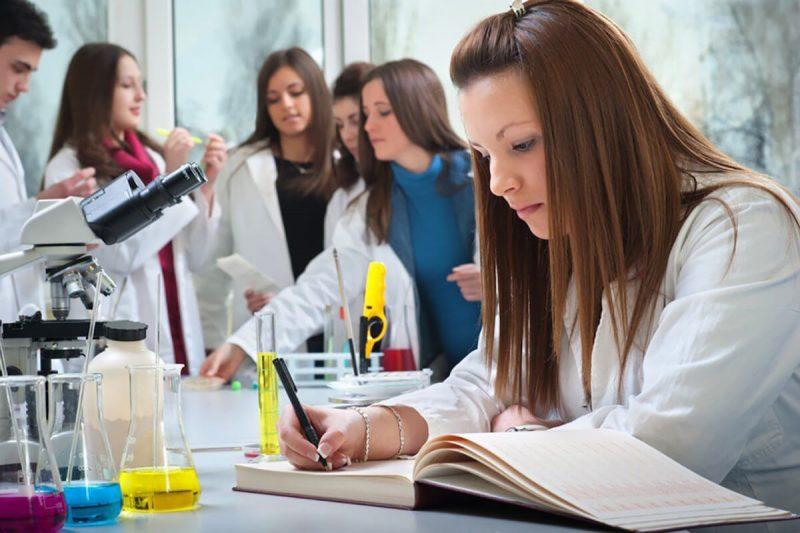 بورسیه رشته زیست شناسی در خارج از کشور