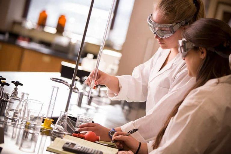 رشته زیست شناسی در کانادا