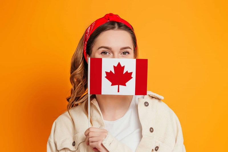 چه عواملی در تسریع دریافت جواب ویزای کانادا موثر است