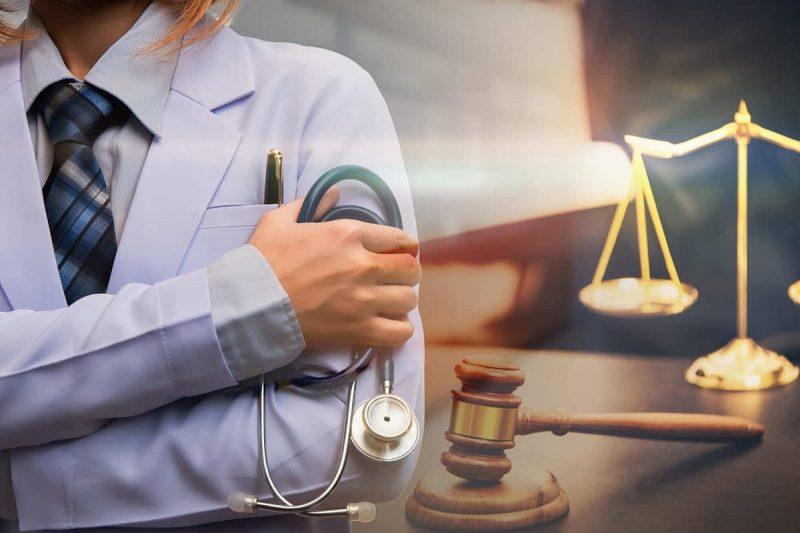 ویژگی های وکیل مهاجرت قابل اعتماد