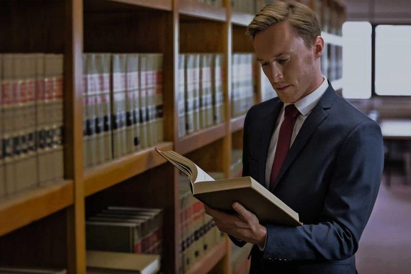 مزایای داشتن وکیل مهاجرت در نیاوران