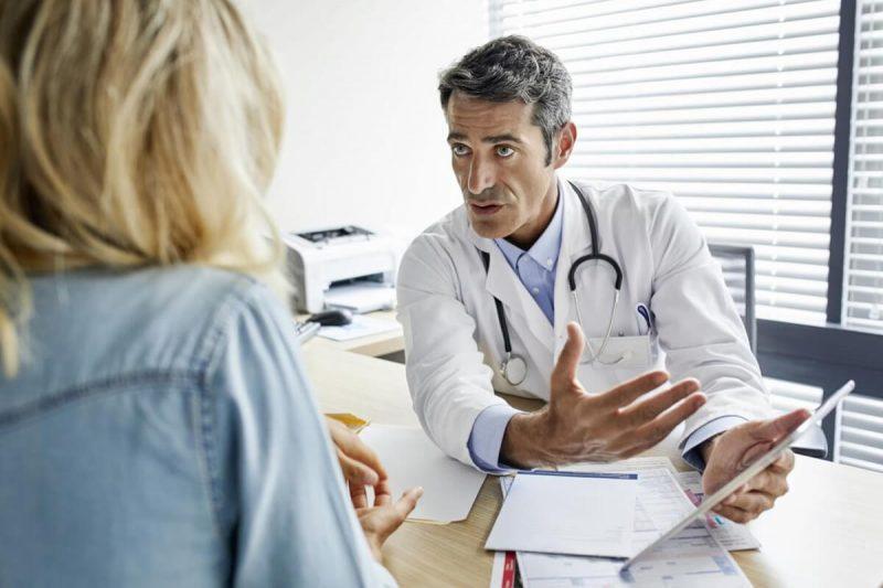 امتحانات IELTS و TEF برای مهاجرت پزشکان به کانادا