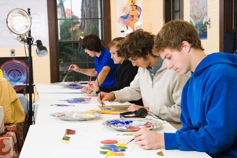 لیست دروس مقطع کارشناسی رشته نقاشی در خارج از کشور