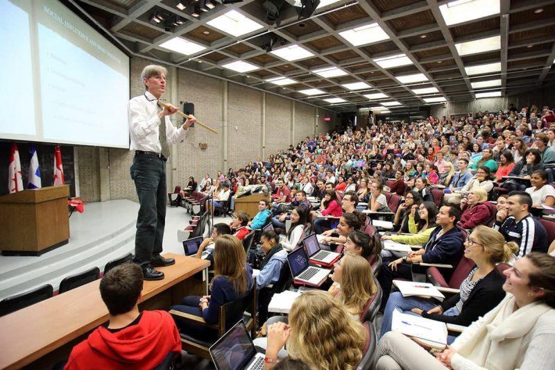 5 دانشگاه برتر کانادا