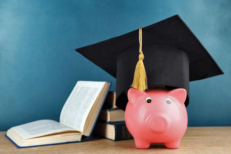 هزینه تحصیل در دانشگاه های مورد تایید وزارت علوم در کانادا