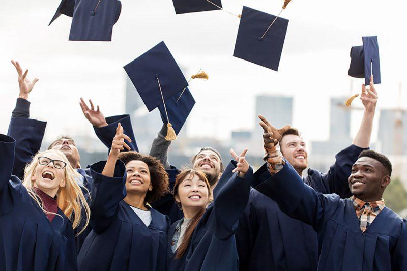 آمار و رتبه های مربوط به کالج کمبرین
