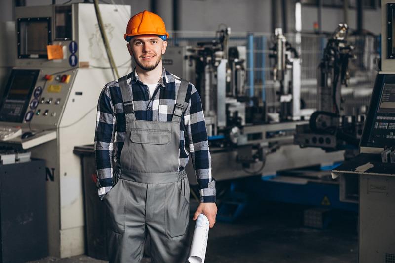 بازار کار رشته مهندسی ساخت و تولید در خارج از کشور