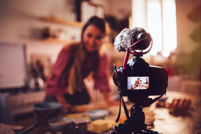 بازار کار رشته رسانه و ارتباطات در خارج از کشور