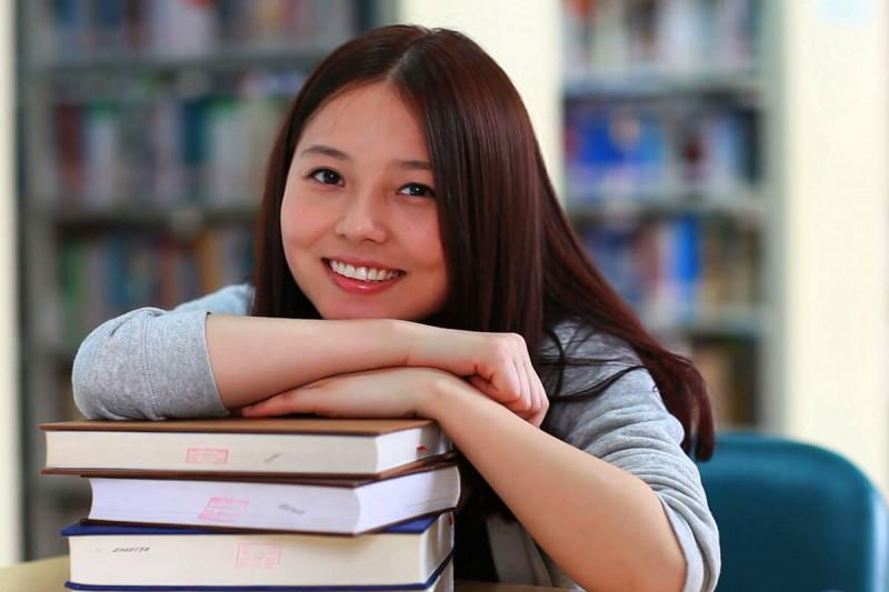 زبان تحصیل در دانشگاه های ونکوور