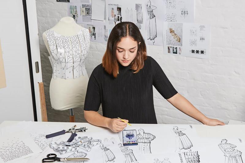 تحصیل در رشته طراحی لباس در کانادا