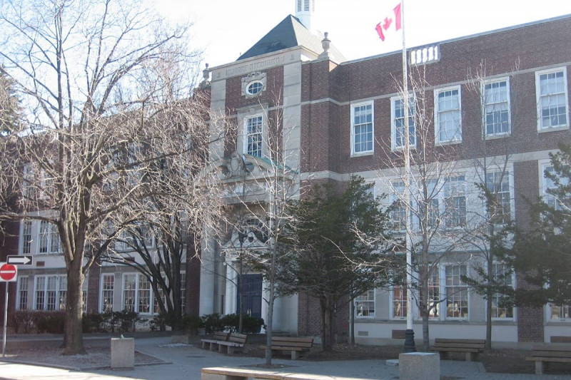دبیرستان لارنس پارک تورنتو