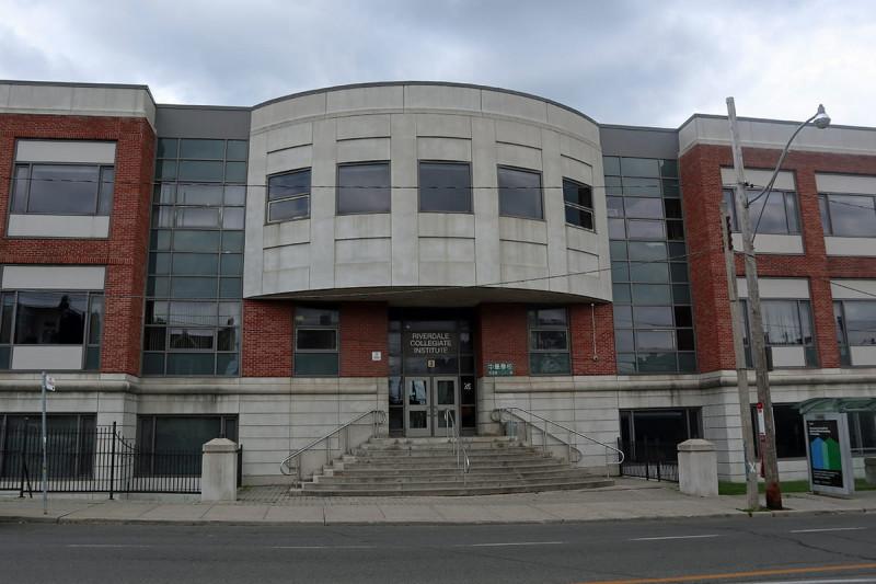 دبیرستان Riverdale تورنتو