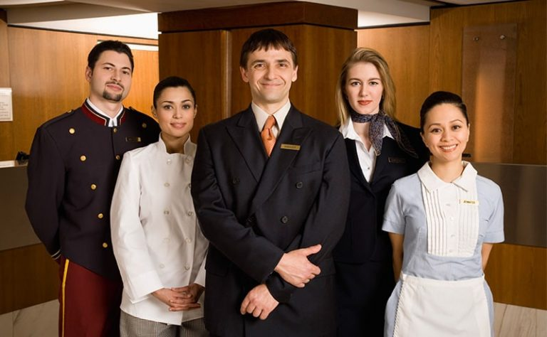 اپلای رشته مدیریت هتلداری