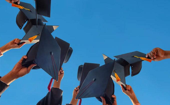 برنامه های مهاجرت برای دانشجویان بین المللی فارغ التحصیل در کانادا