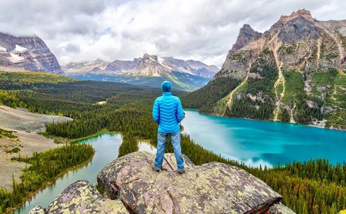 کانادا با دعوت از 5,956 داوطلب مهاجرت، یکی از بزرگترین قرعهکشی های اکسپرس انتری را برگزار کرد